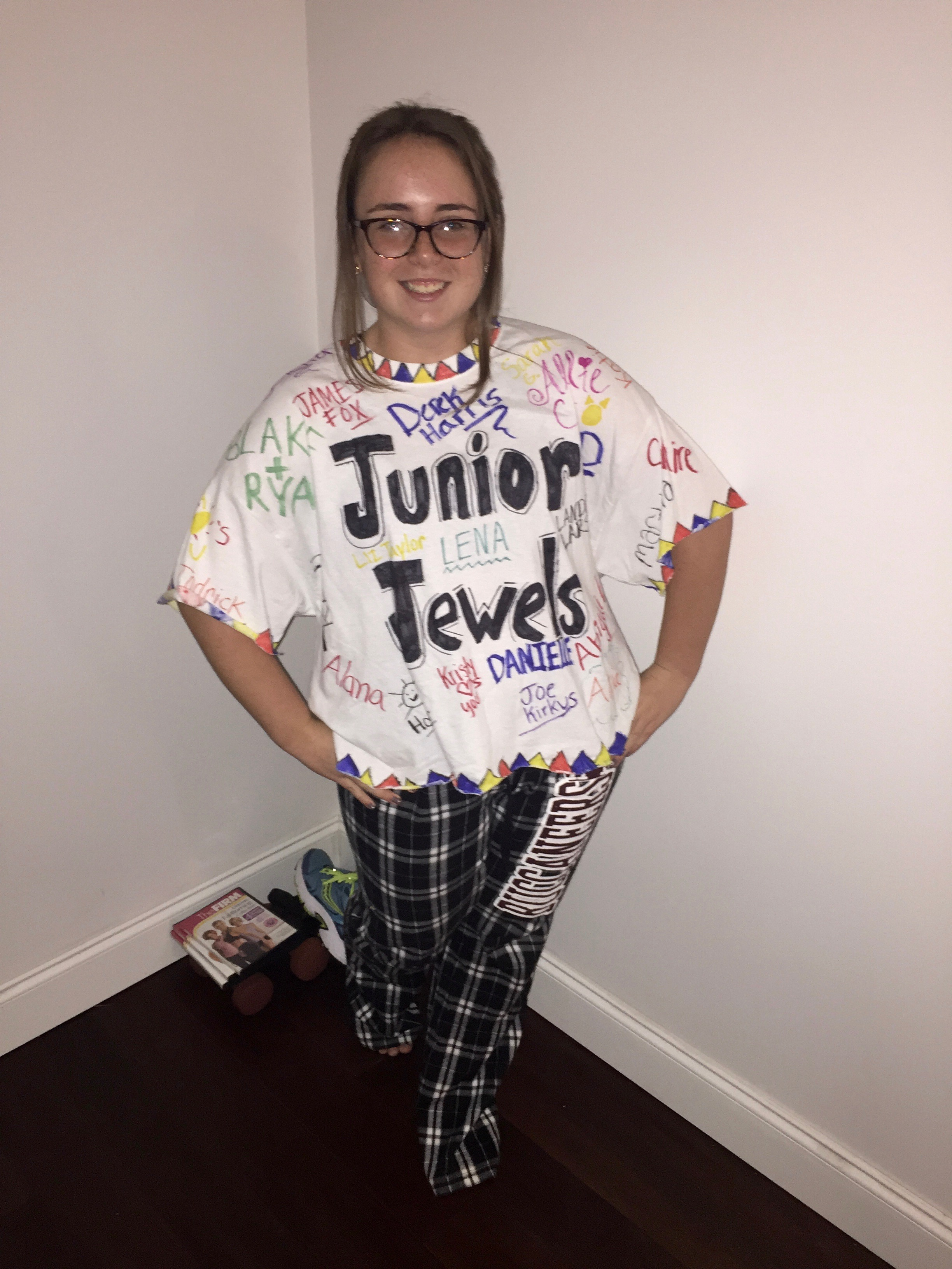 As much as Taylor Swiftu0027s image has changed over the years u201cYou Belong With Meu201d T-Swift dressed in her Junior Jewels t-shirt will always be the Taylor I ...  sc 1 st  Fangirl Fury & Channeling My Inner Taylor Swift | My 2017 Halloween Costume ...
